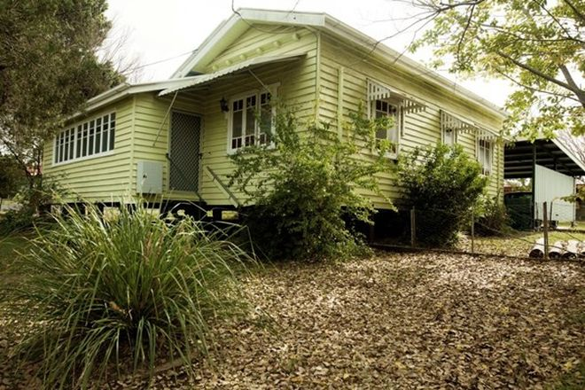 Picture of 8 Appin Street, NANANGO QLD 4615