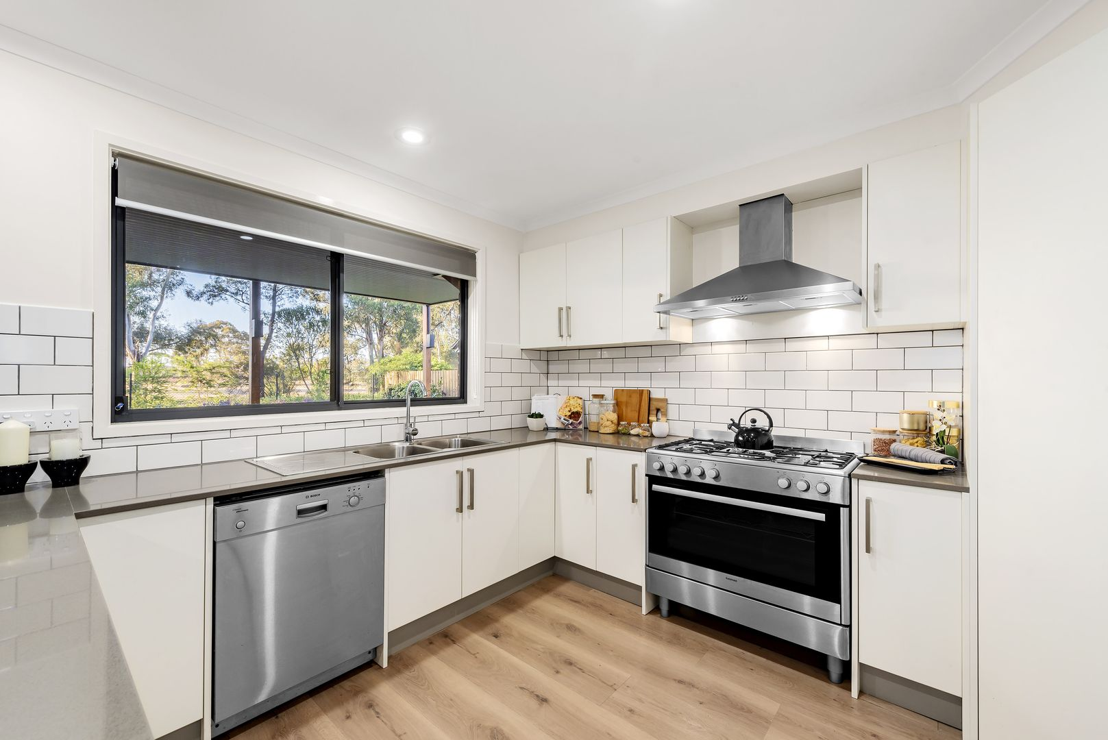 8 Turnberry Court, Rowville VIC 3178, Image 1