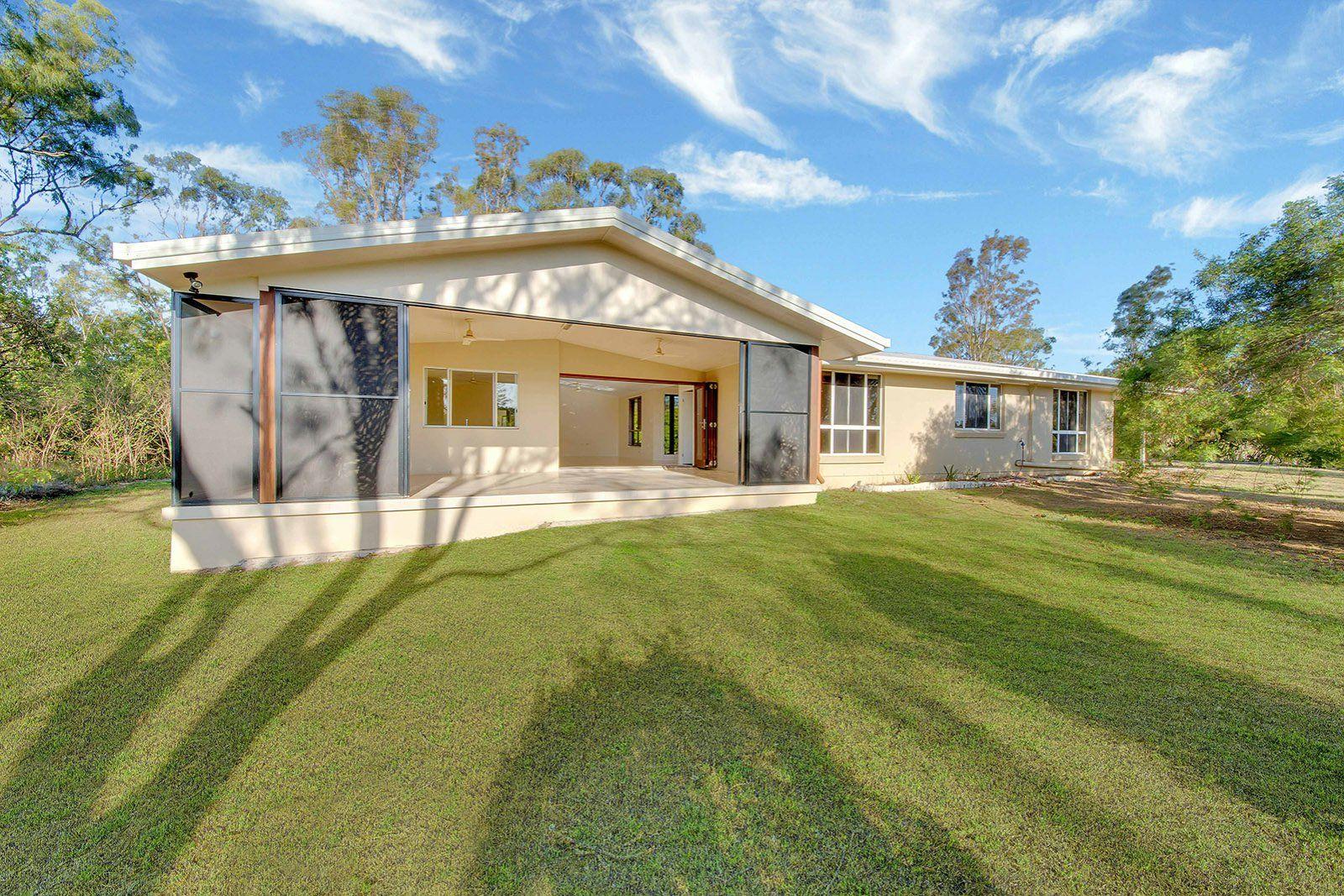 26 Handley Drive, Boyne Island QLD 4680, Image 2