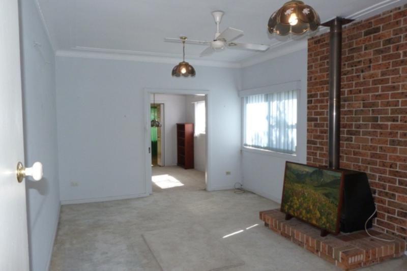 30 Russell Avenue, Sans Souci NSW 2219, Image 2