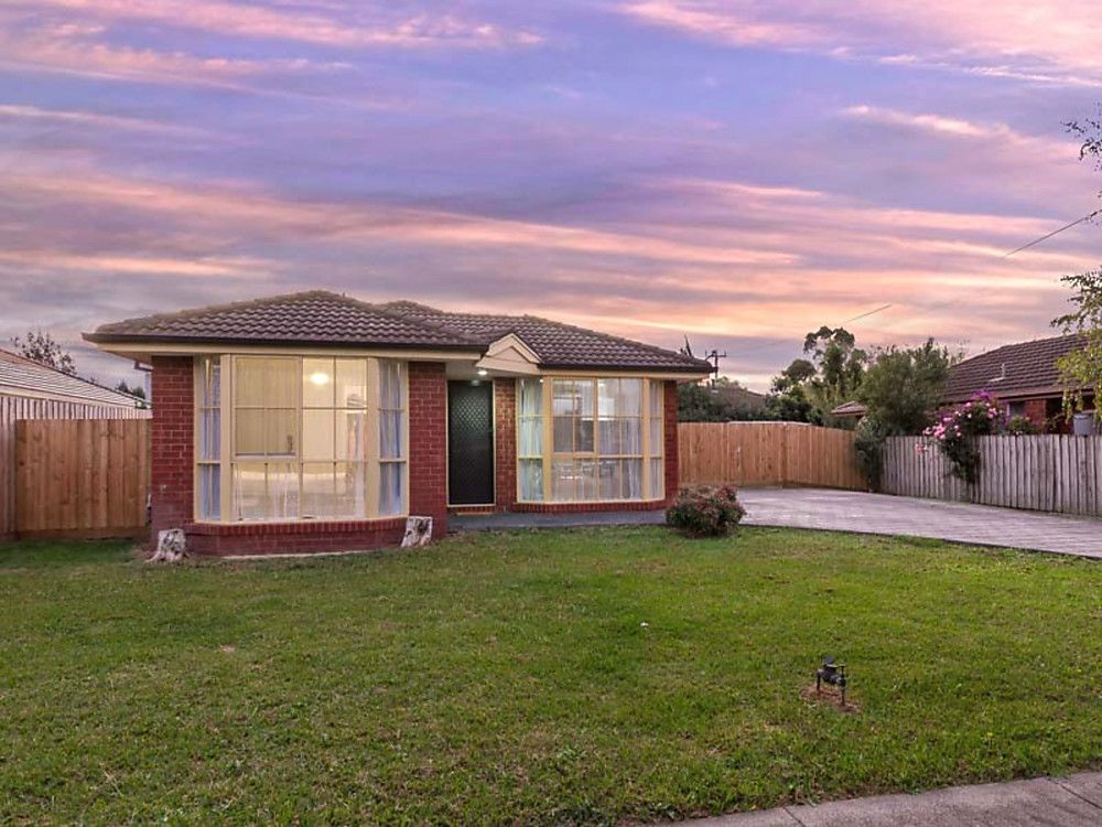 16 Parklands Close, Ferntree Gully VIC 3156, Image 0