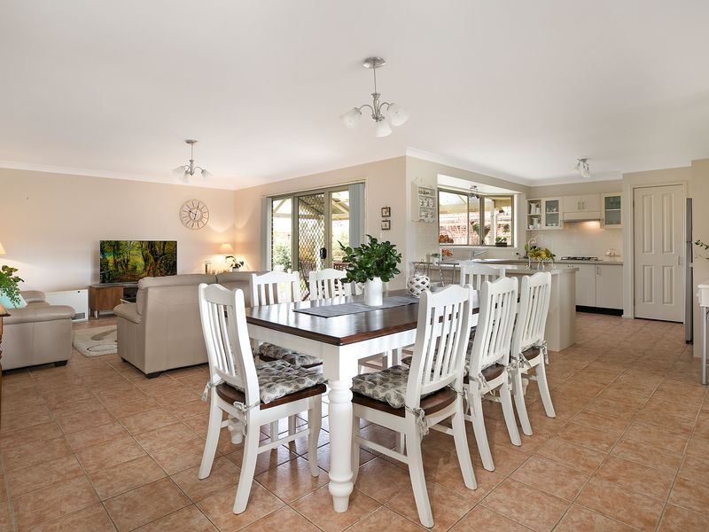 7 Westbrook Crescent, Bowral NSW 2576, Image 2
