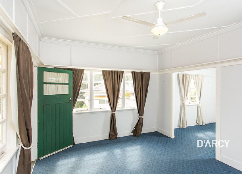 15 Hartfield Drive, Bardon QLD 4065, Image 1