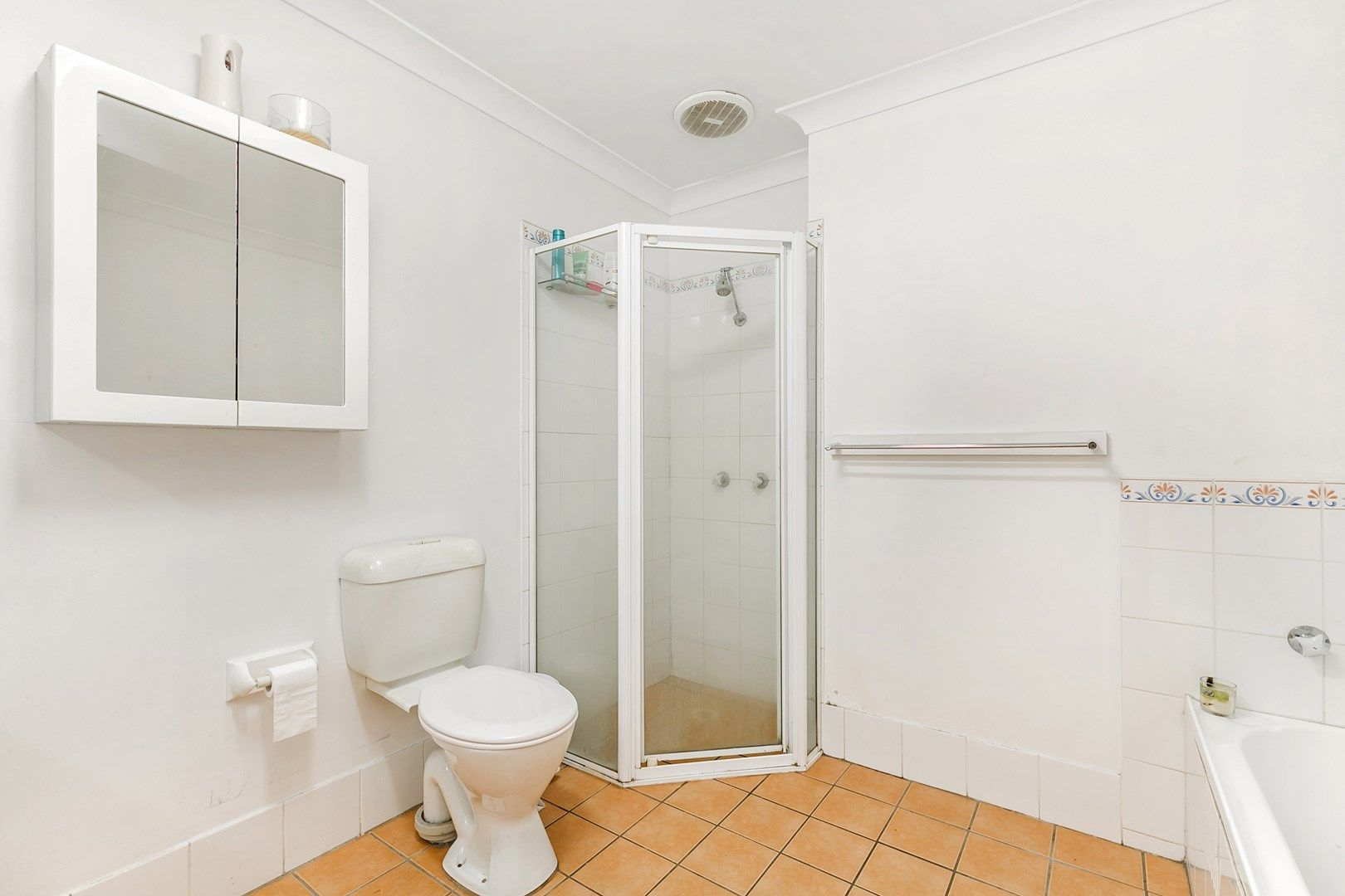 Unit 3, 28 Queen Street, Waratah West NSW 2298, Image 2
