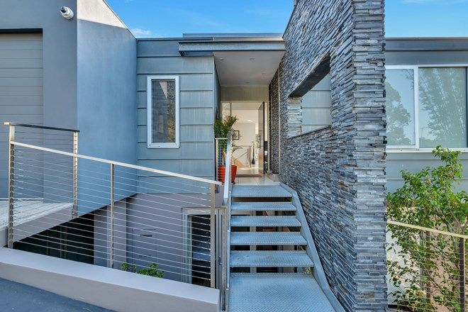 Picture of 27 Headland Road, CASTLE COVE NSW 2069