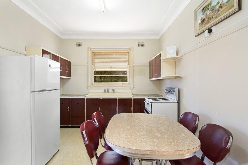 1 Preston Avenue, Tamworth NSW 2340, Image 2