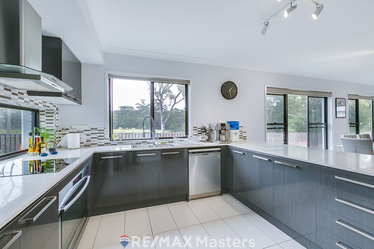 57 Obrist Place, Rochedale QLD 4123, Image 2