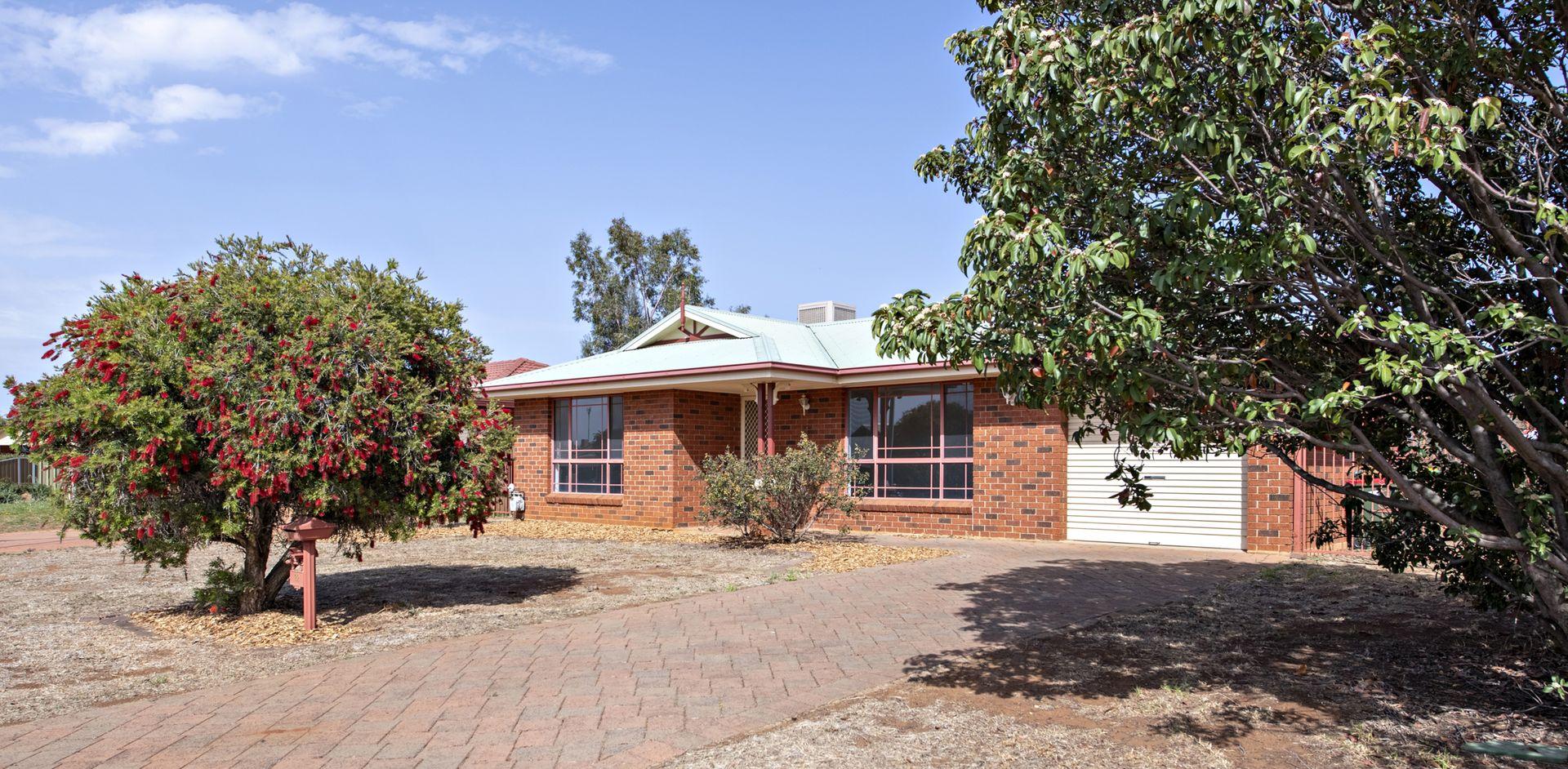 22 Eumung Street, Dubbo NSW 2830, Image 0