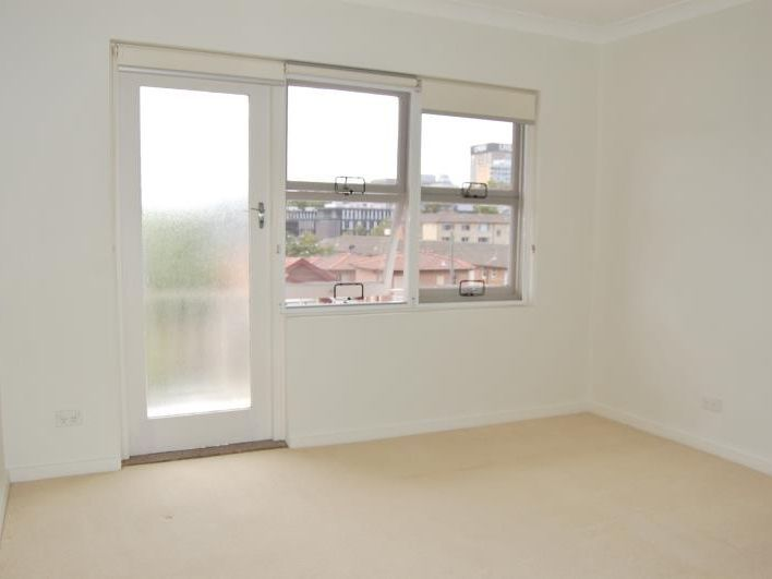 4/21 Middle Street, Kingsford NSW 2032, Image 2