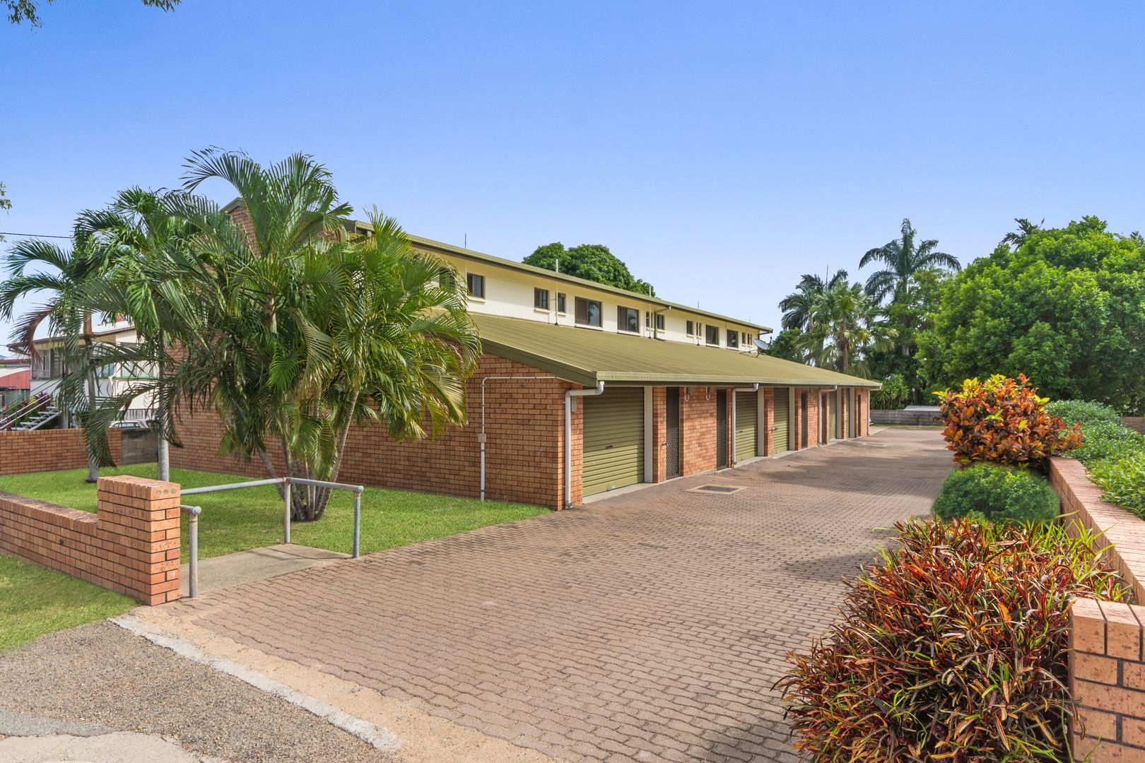 3/16 Cowley Street, West End QLD 4810, Image 0