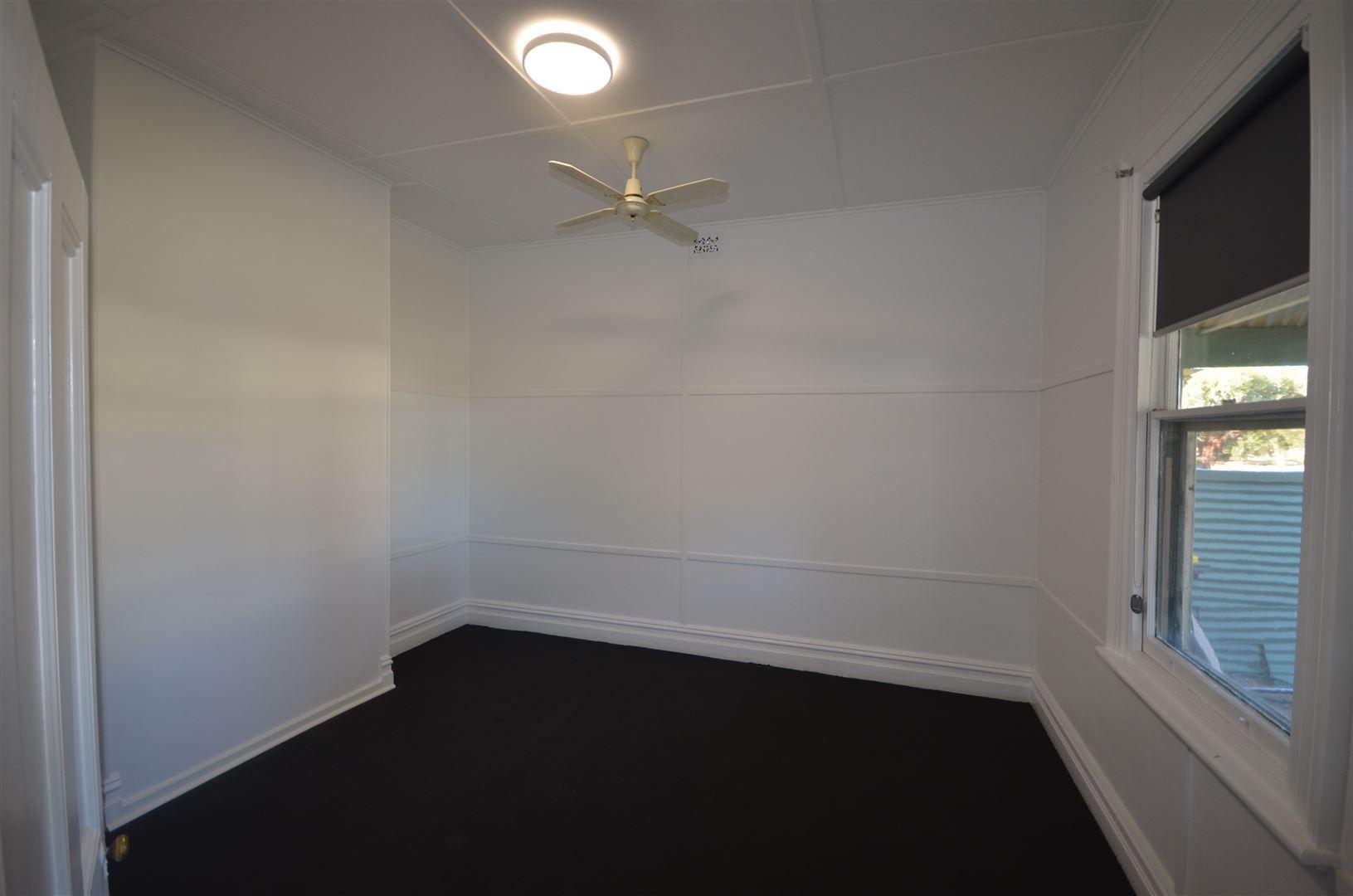 15 Oval Terrace, Lameroo SA 5302, Image 2