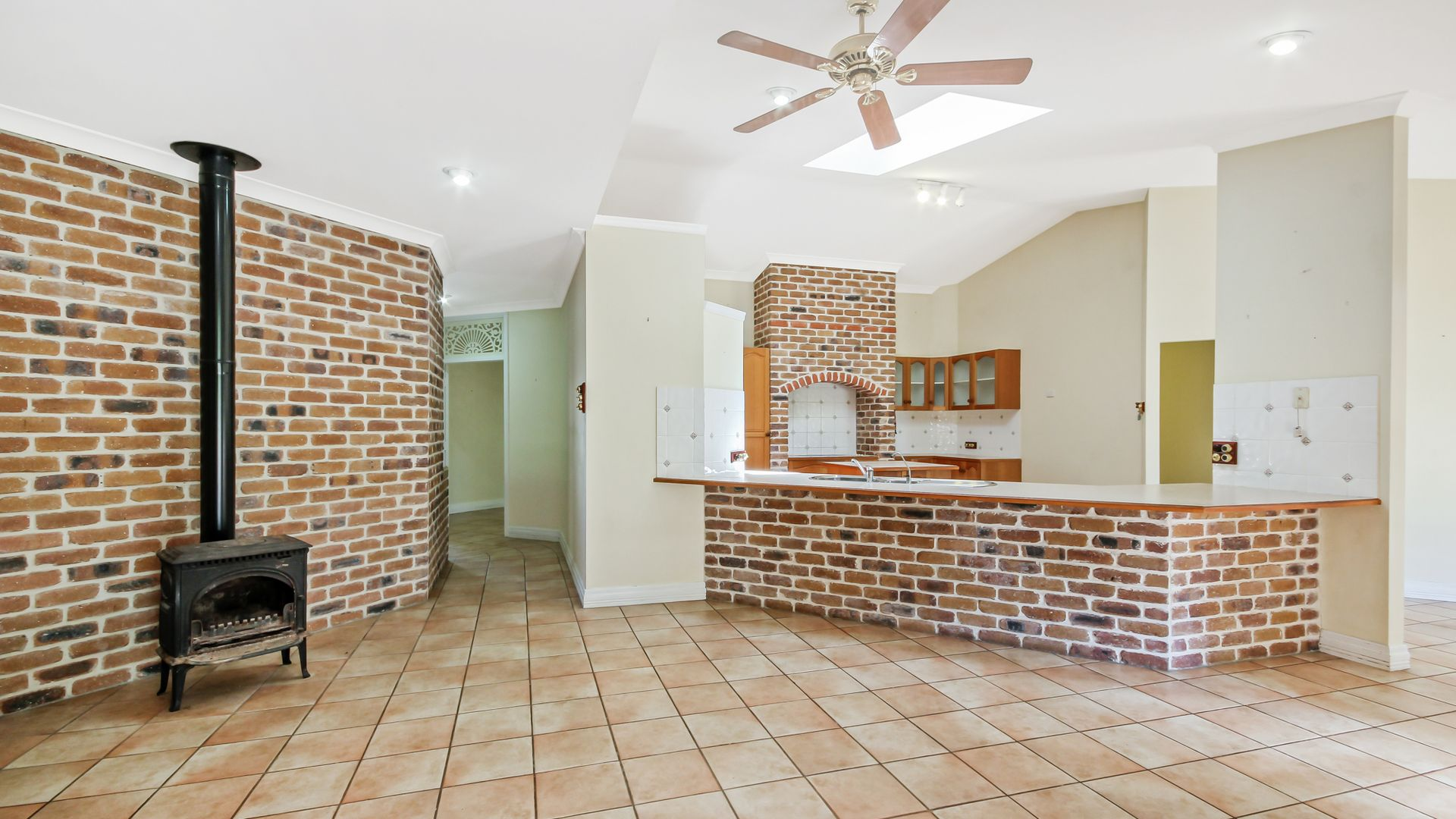 12 Oakey Fields Court, Burpengary QLD 4505, Image 2