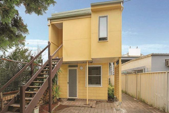 Picture of 2/2 Second Avenue, UNANDERRA NSW 2526