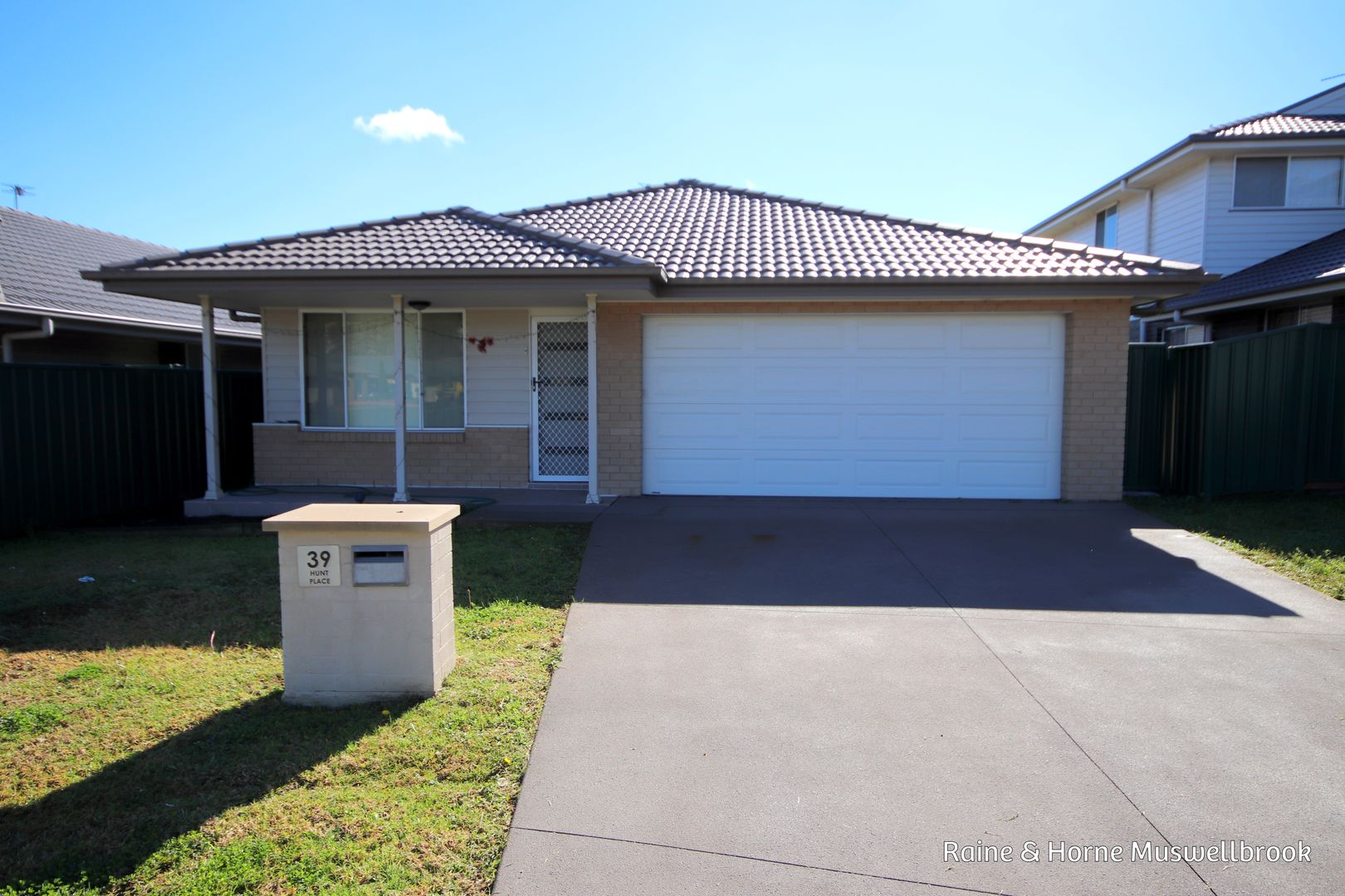 39 Hunt Place, Muswellbrook NSW 2333, Image 0