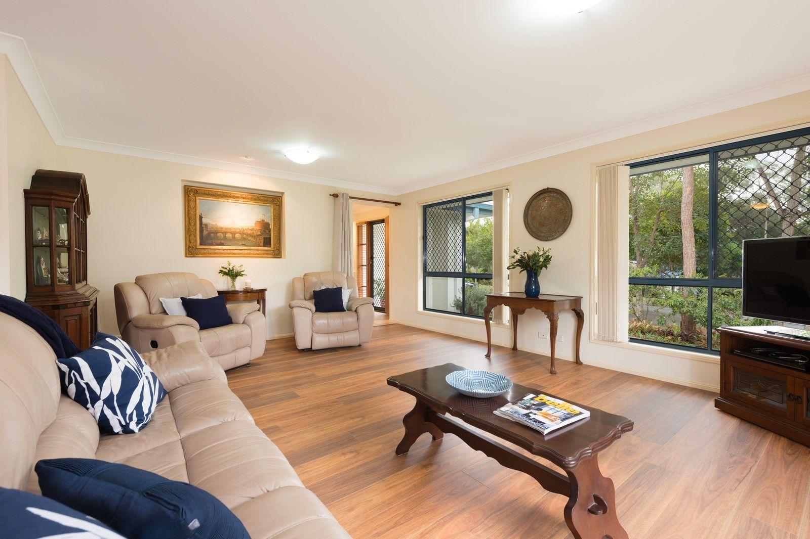 9 Barklya Crescent, Sinnamon Park QLD 4073, Image 1