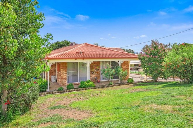 Picture of 1 Ford Street, TAMWORTH NSW 2340