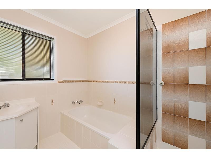 4 Angus Court, Caboolture QLD 4510, Image 2