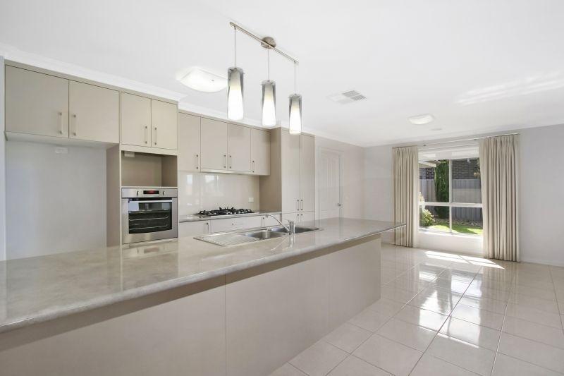 32 Egret Way, Thurgoona NSW 2640, Image 1