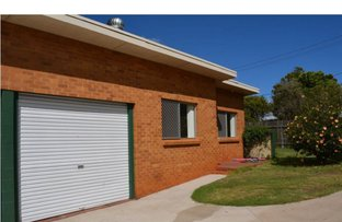Picture of Unit a & Unit b/2 McKnight Street, Centenary Heights QLD 4350