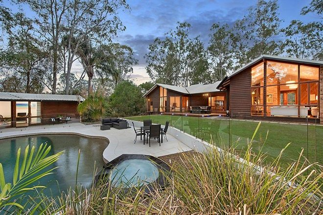 Picture of 52 Camp Mountain Road, CAMP MOUNTAIN QLD 4520