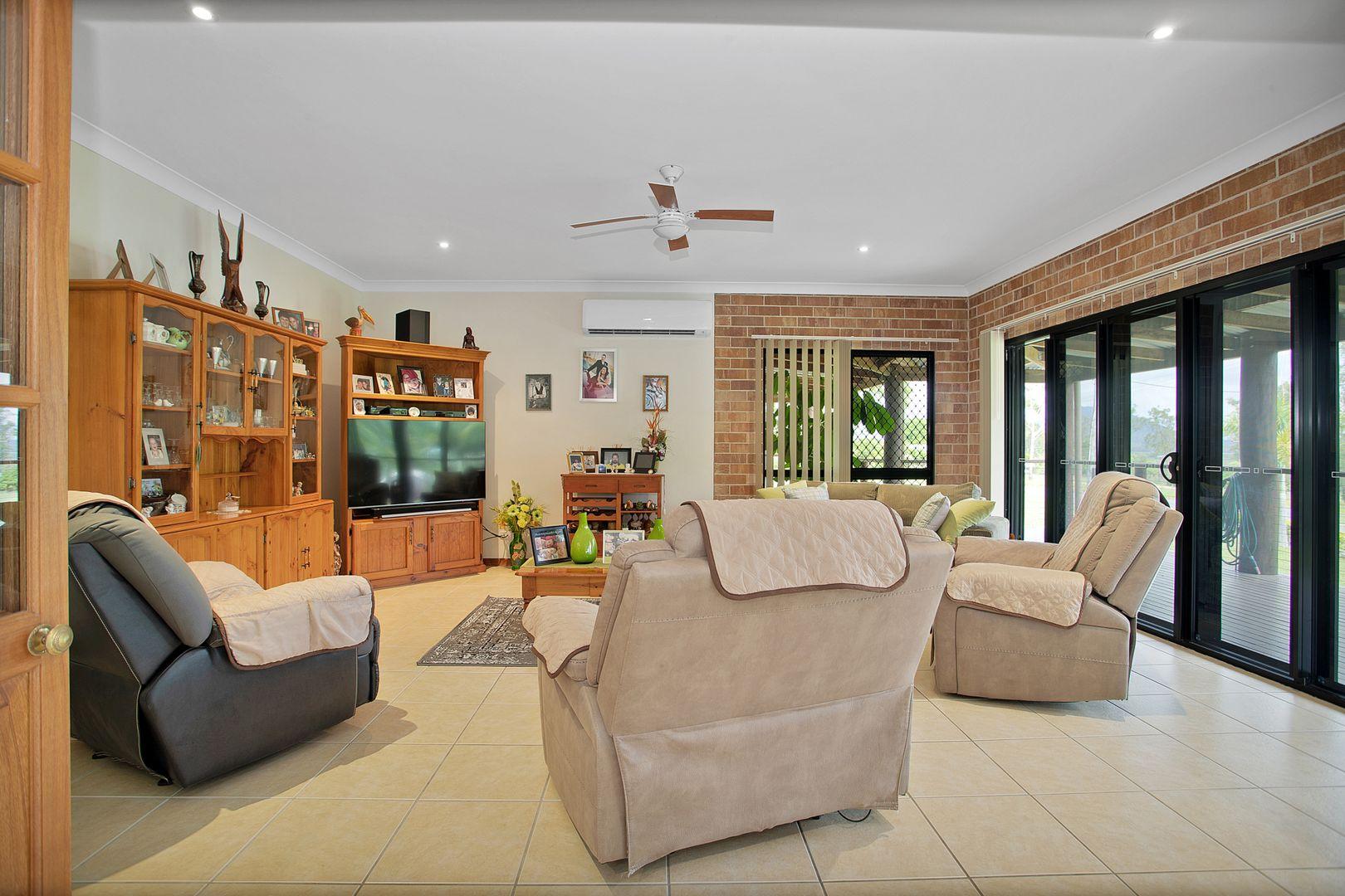 13 Stemm Court, Eton QLD 4741, Image 2