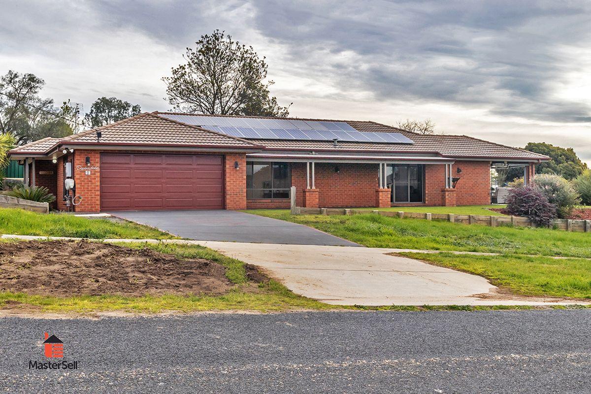 23 Ridge Street, Gundagai NSW 2722, Image 0