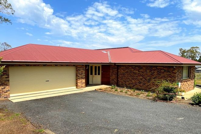 Picture of 28 Pearson Street, GUYRA NSW 2365