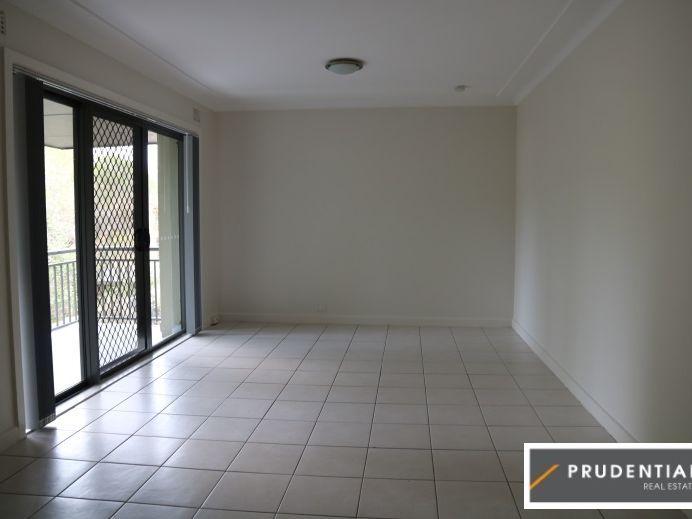 6/4 Sturt Street, Campbelltown NSW 2560, Image 1