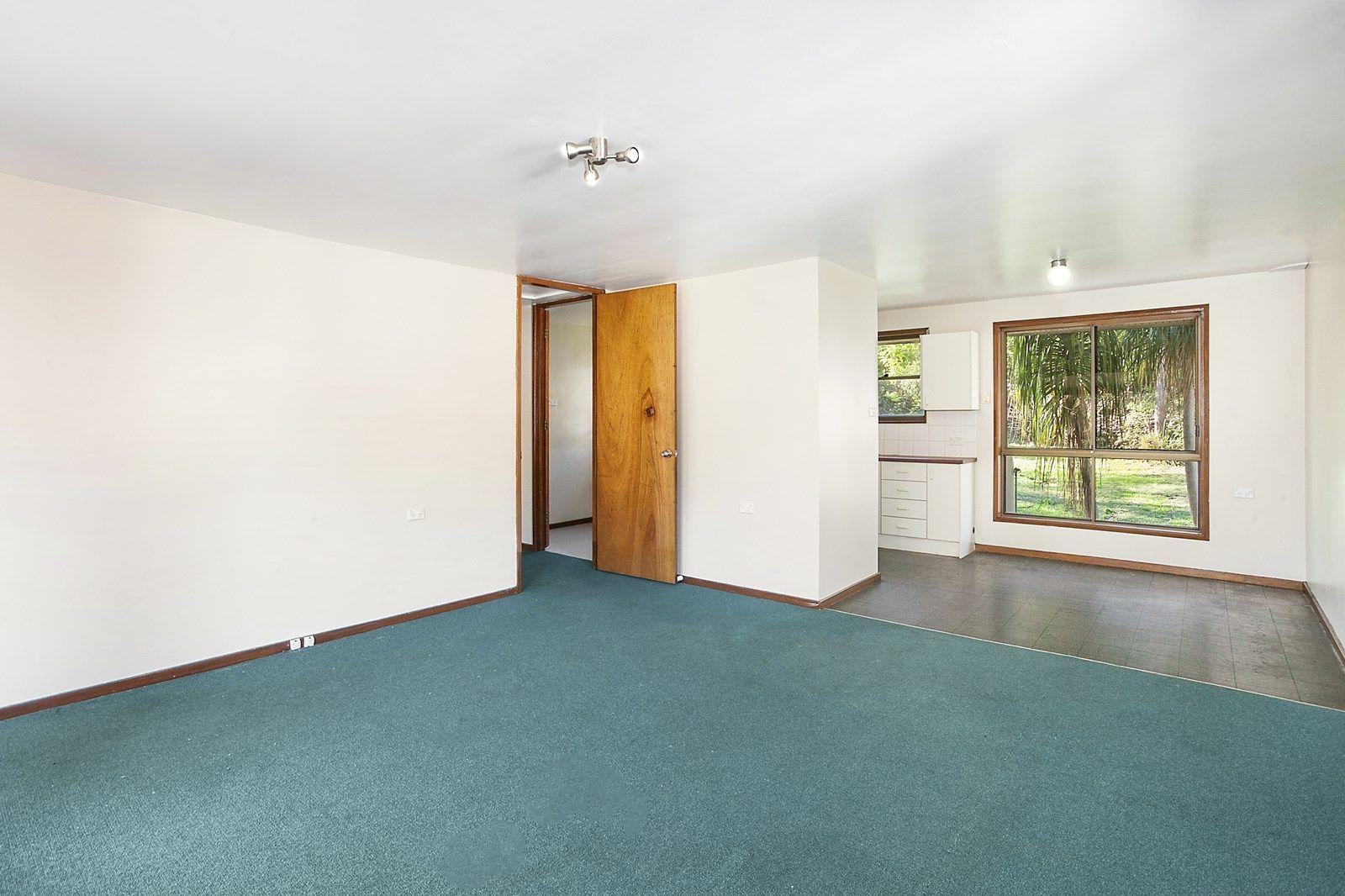 62 Rosewall Drive, Menai NSW 2234, Image 2