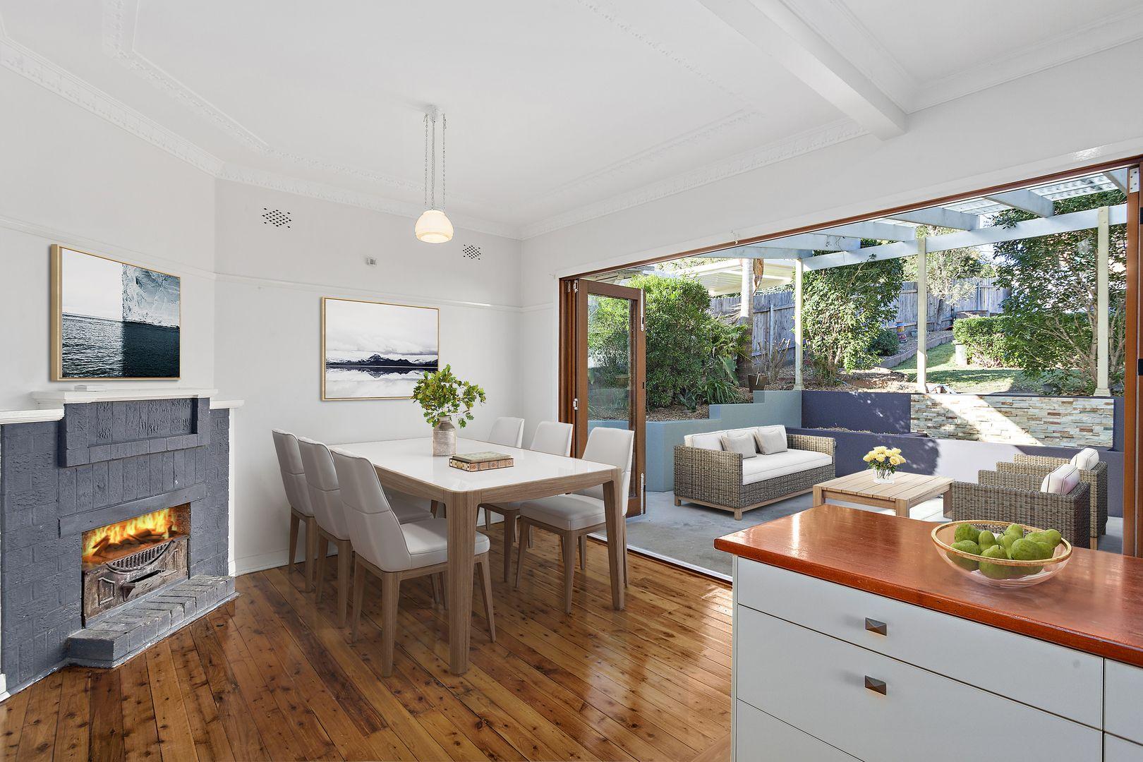27 Rowland Avenue, Wollongong NSW 2500, Image 0
