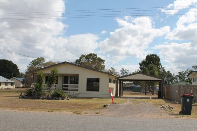 Picture of 50 Oxford Street, NEBO QLD 4742
