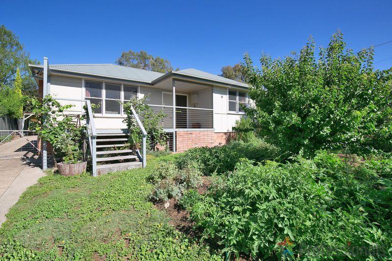 12 Douglas Street, Armidale NSW 2350, Image 0