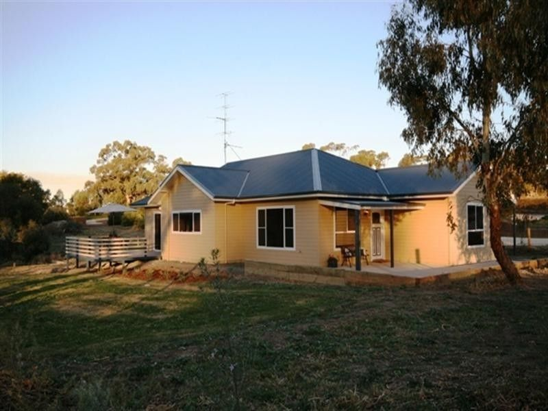 13 Sheaok Road, Watervale SA 5452, Image 0