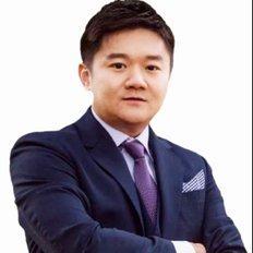 Frank Qian, Sales Director