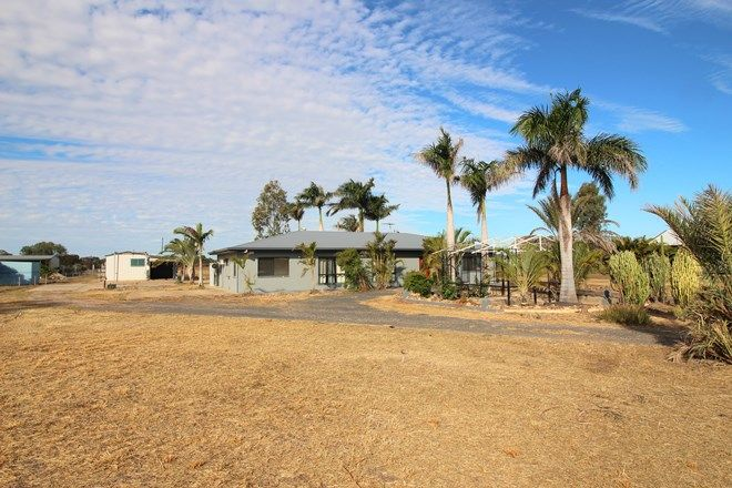Picture of 18 Edgewood Drive, EMERALD QLD 4720