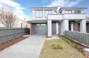 Picture of 2/28A Balmoral Avenue, Strathmore VIC 3041