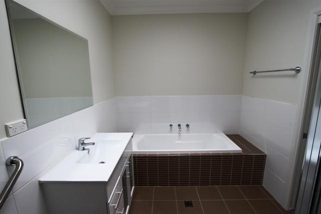 3/17 Marsden Lane, Kelso NSW 2795, Image 2