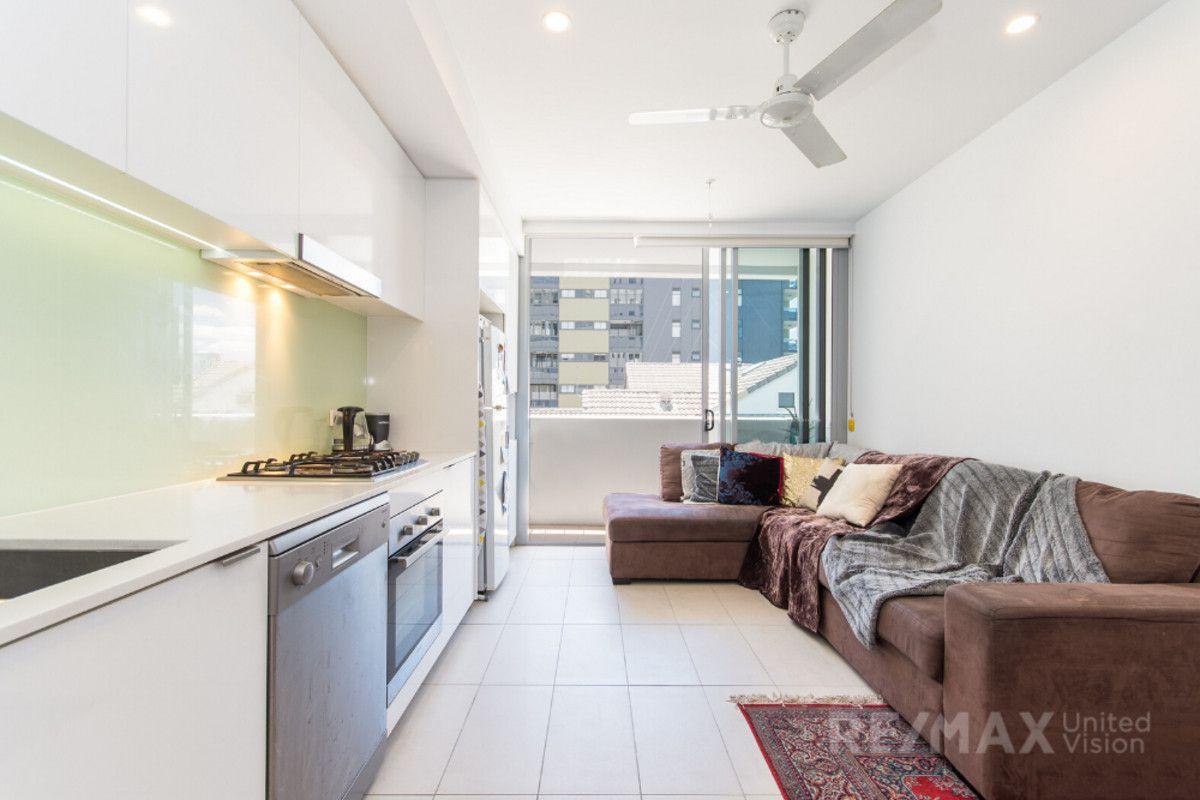 223/66 Manning Street, South Brisbane QLD 4101, Image 2