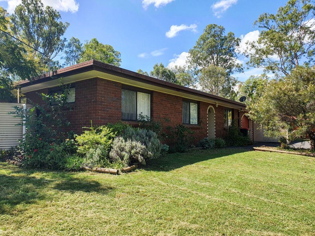 Unit 2 6 Drayton Street, Nanango QLD 4615, Image 0