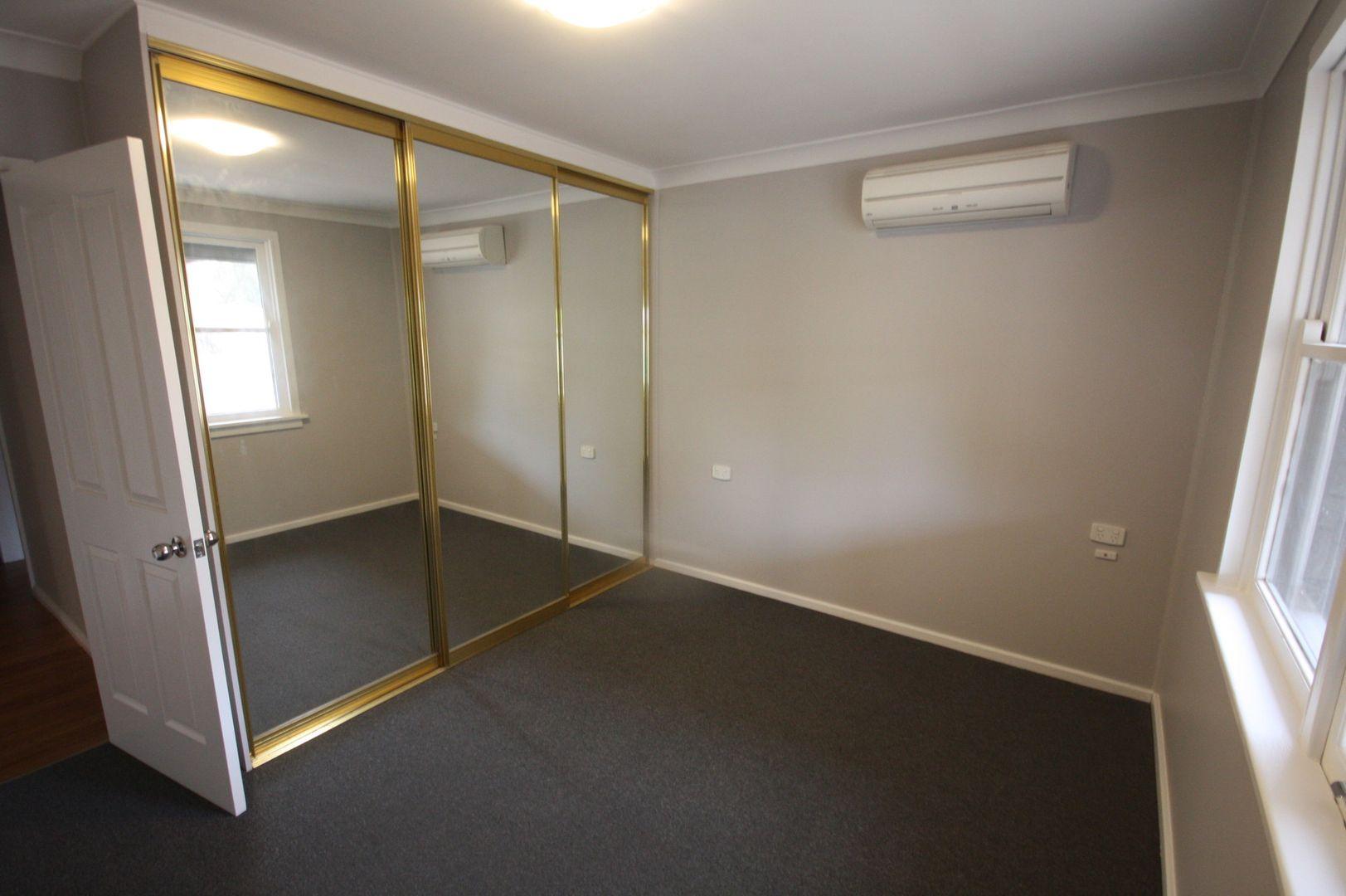 5 Blaxland Avenue, Singleton NSW 2330, Image 2