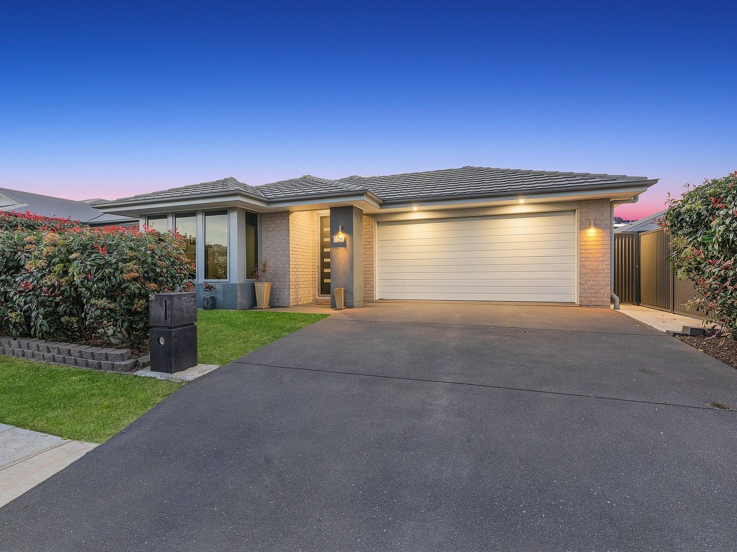 26 Greenview Avenue, South Ripley QLD 4306, Image 0