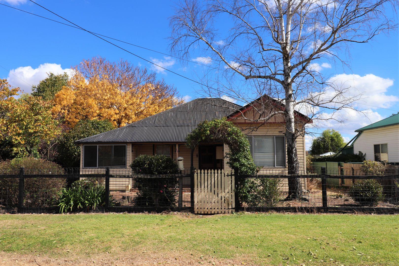 156 Macquarie Street, Glen Innes NSW 2370, Image 0