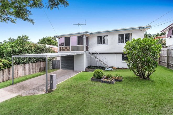 Picture of 63 Roseneath Parade, WYNNUM WEST QLD 4178