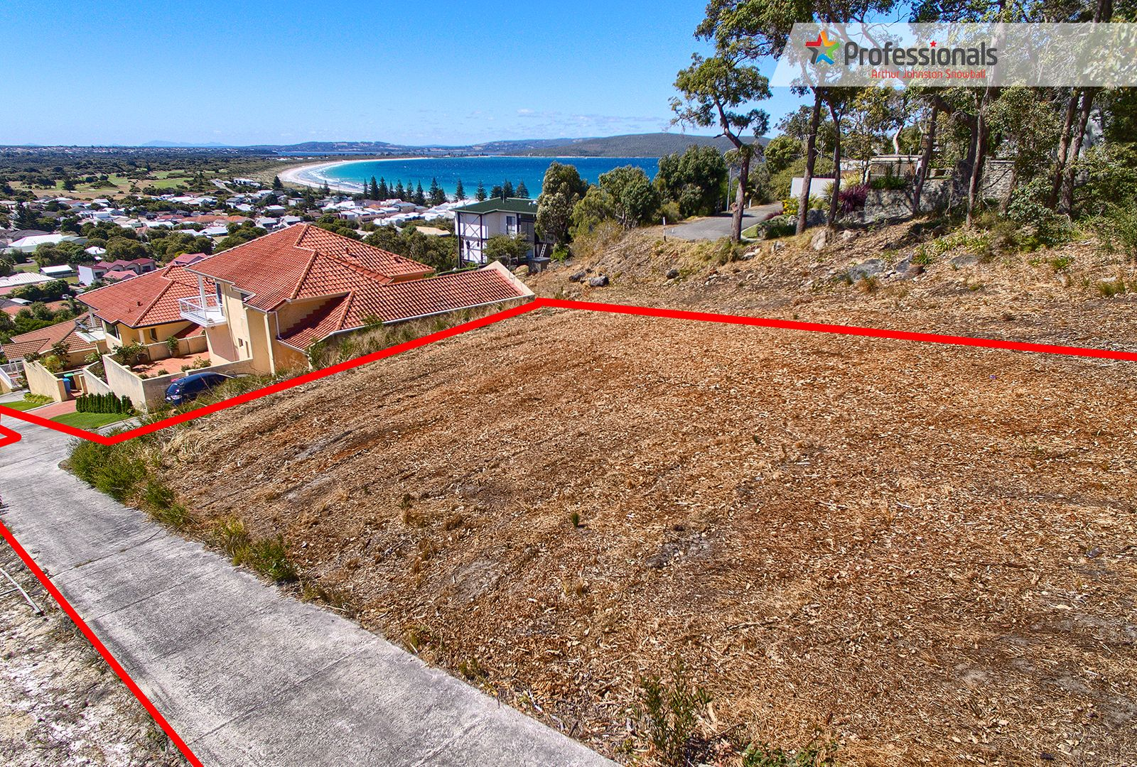11A Wylie Crescent, Middleton Beach WA 6330, Image 2