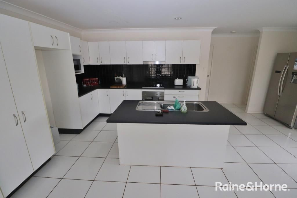 4 Lara Court, Kingaroy QLD 4610, Image 2