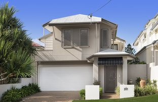 Picture of 6 Waverley Road, Camp Hill QLD 4152