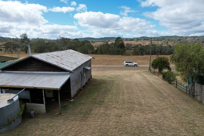 Picture of 34 Forest Street, KALPOWAR QLD 4630