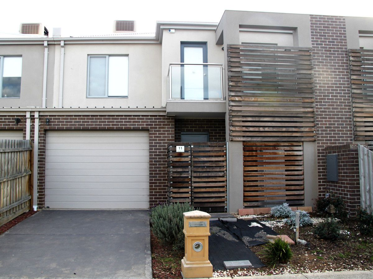 11 Creswick Drive, Point Cook VIC 3030, Image 0