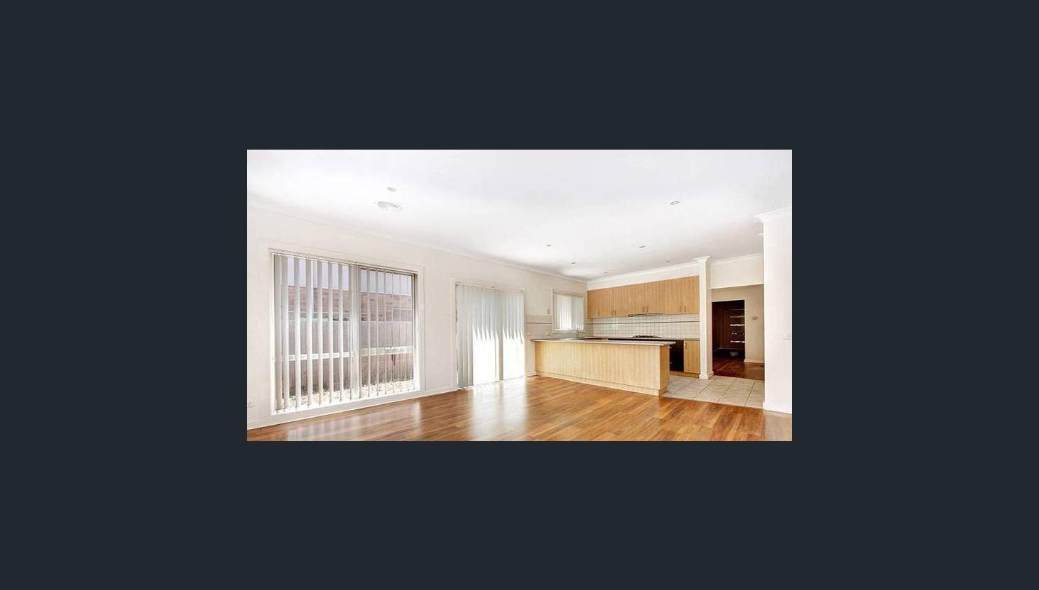 15 Donvale Avenue, Roxburgh Park VIC 3064, Image 2