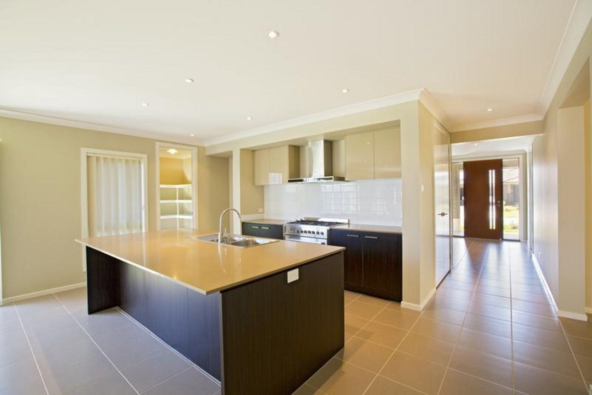 10 Domus Street, Glenmore Park NSW 2745, Image 1
